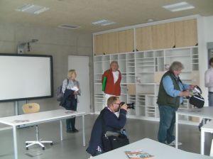 Ein Bildungsraum mit einem Whiteboard